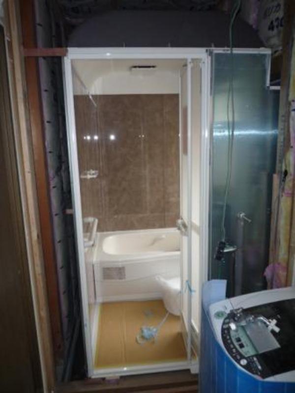 小さい浴室を増築なしに広い浴室に変えるリフォーム?